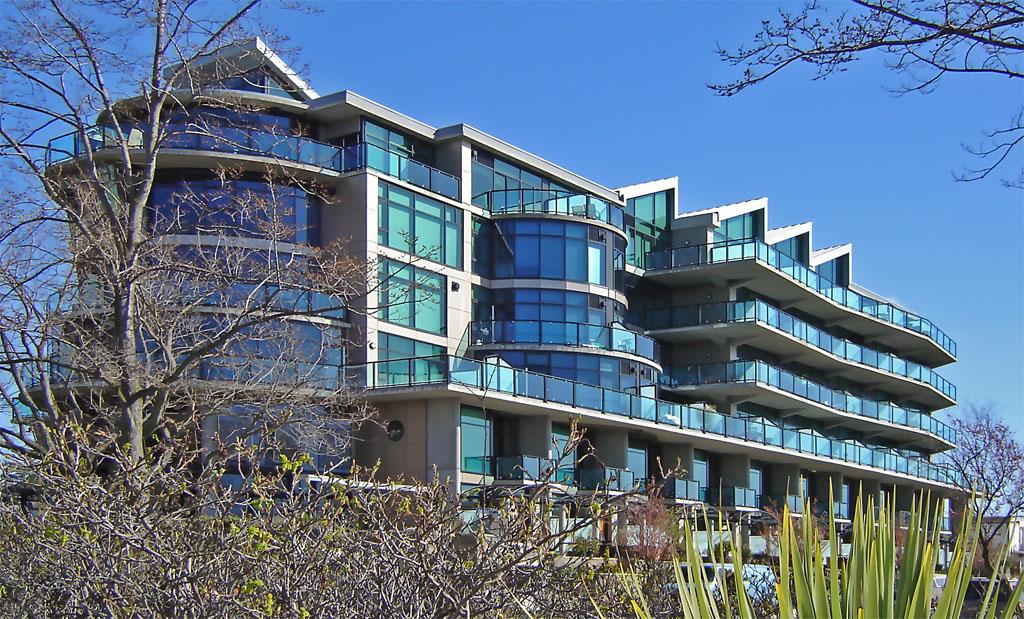 Inner Harbour condo exterior view