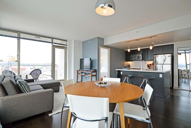 Fully furnished executive rental suites available in downtown Victoria BC