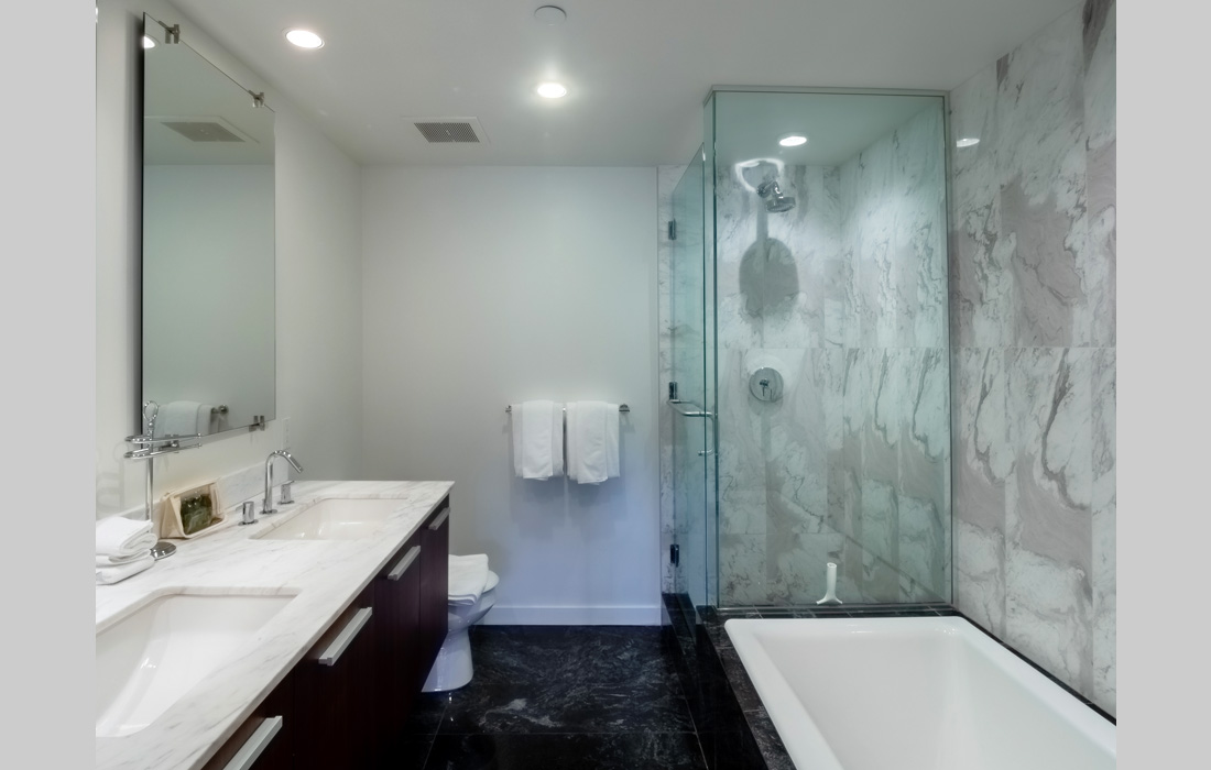 Falls 606 bathroom