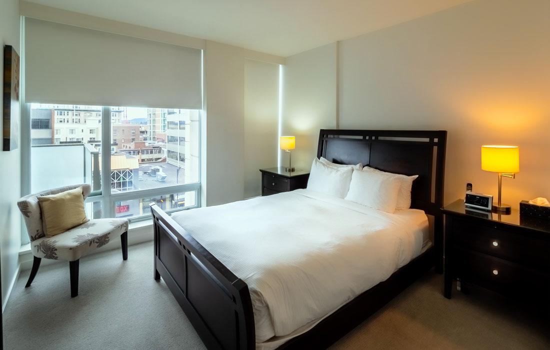 Falls 606 bedroom