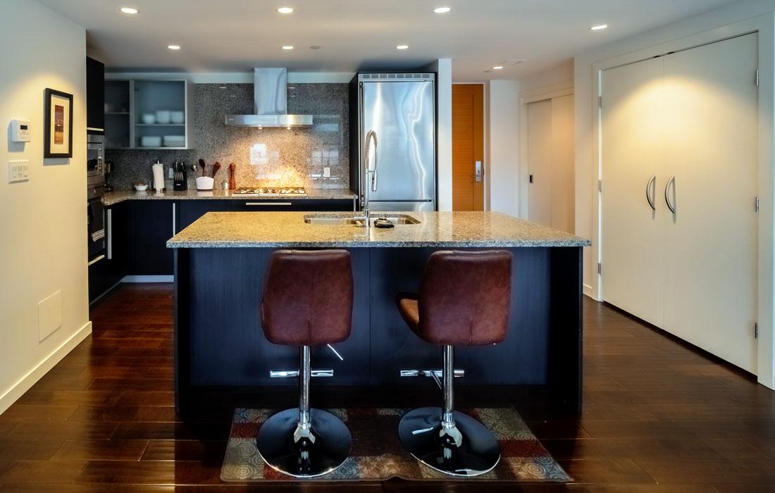 Falls 606 kitchen bar