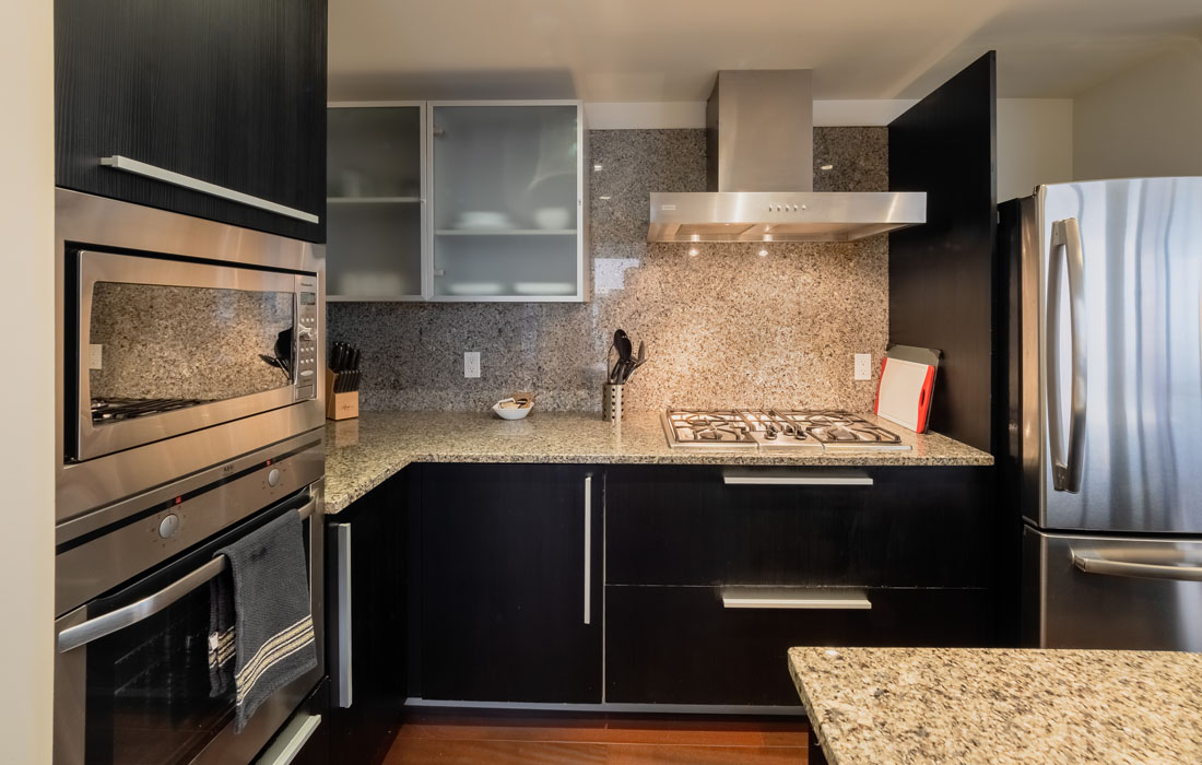 Falls 1402 kitchen