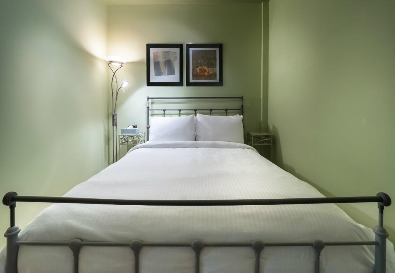 Bedroom reef penthouse condo