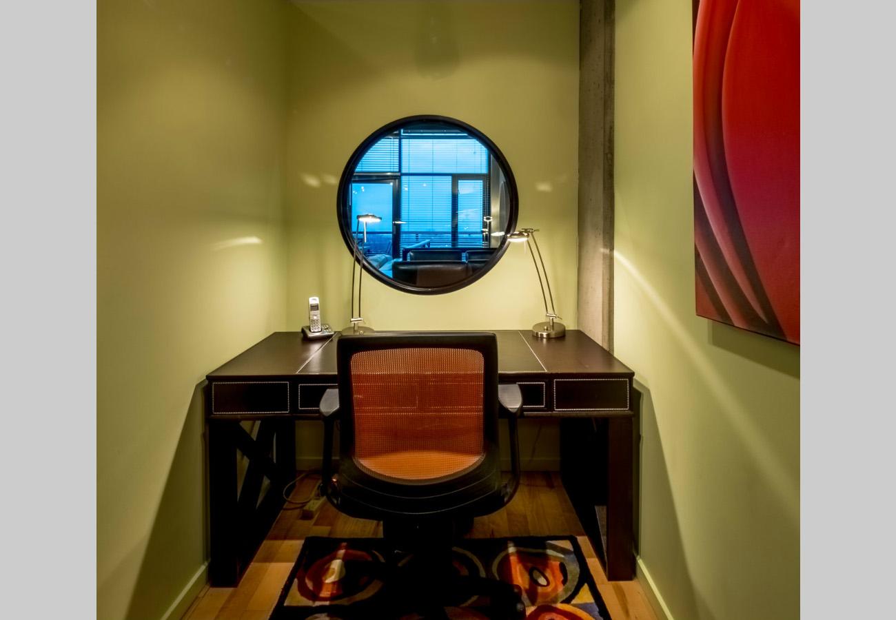 Penthouse condo Office
