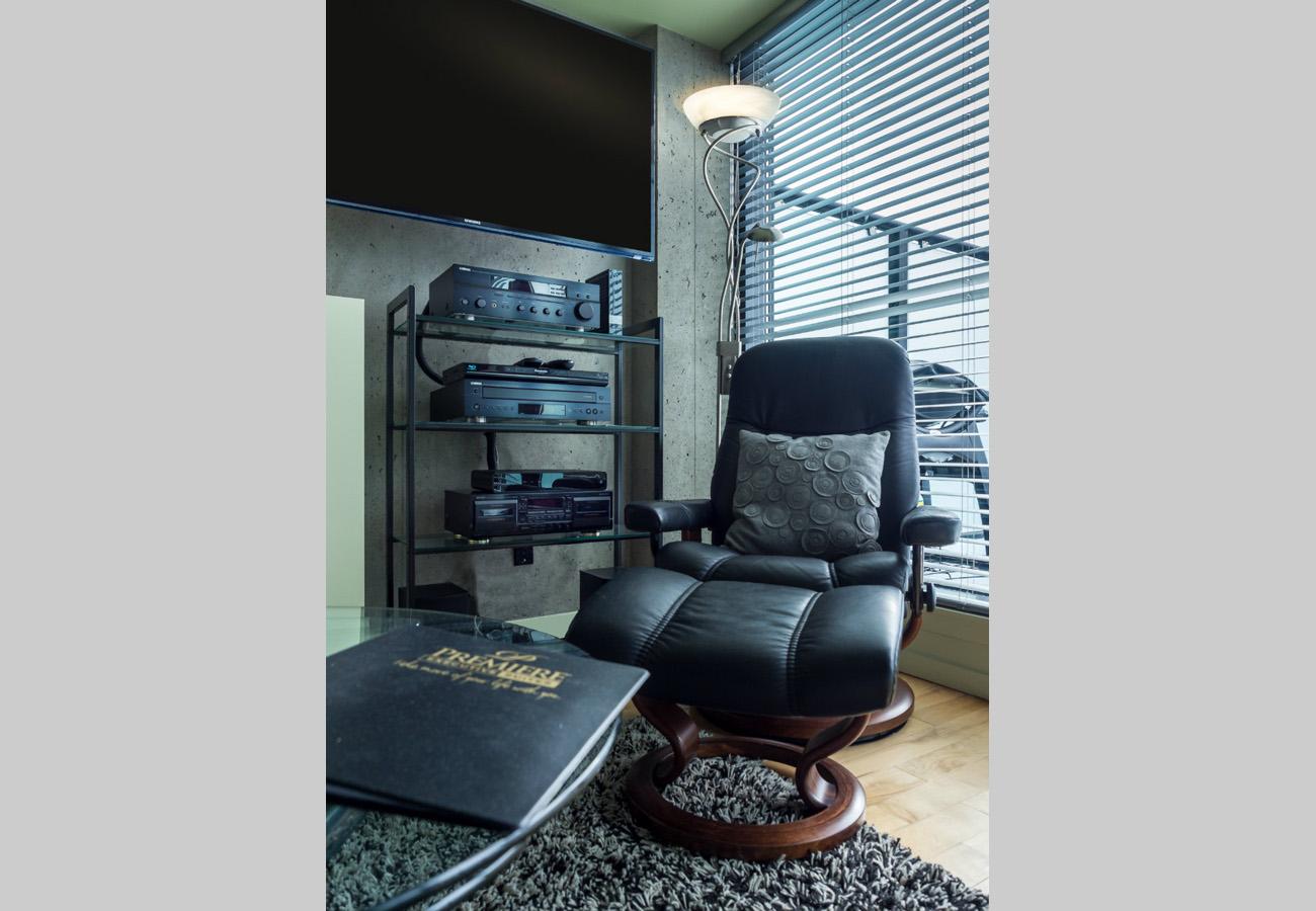 Living room, flatscreen tv, penthouse condo