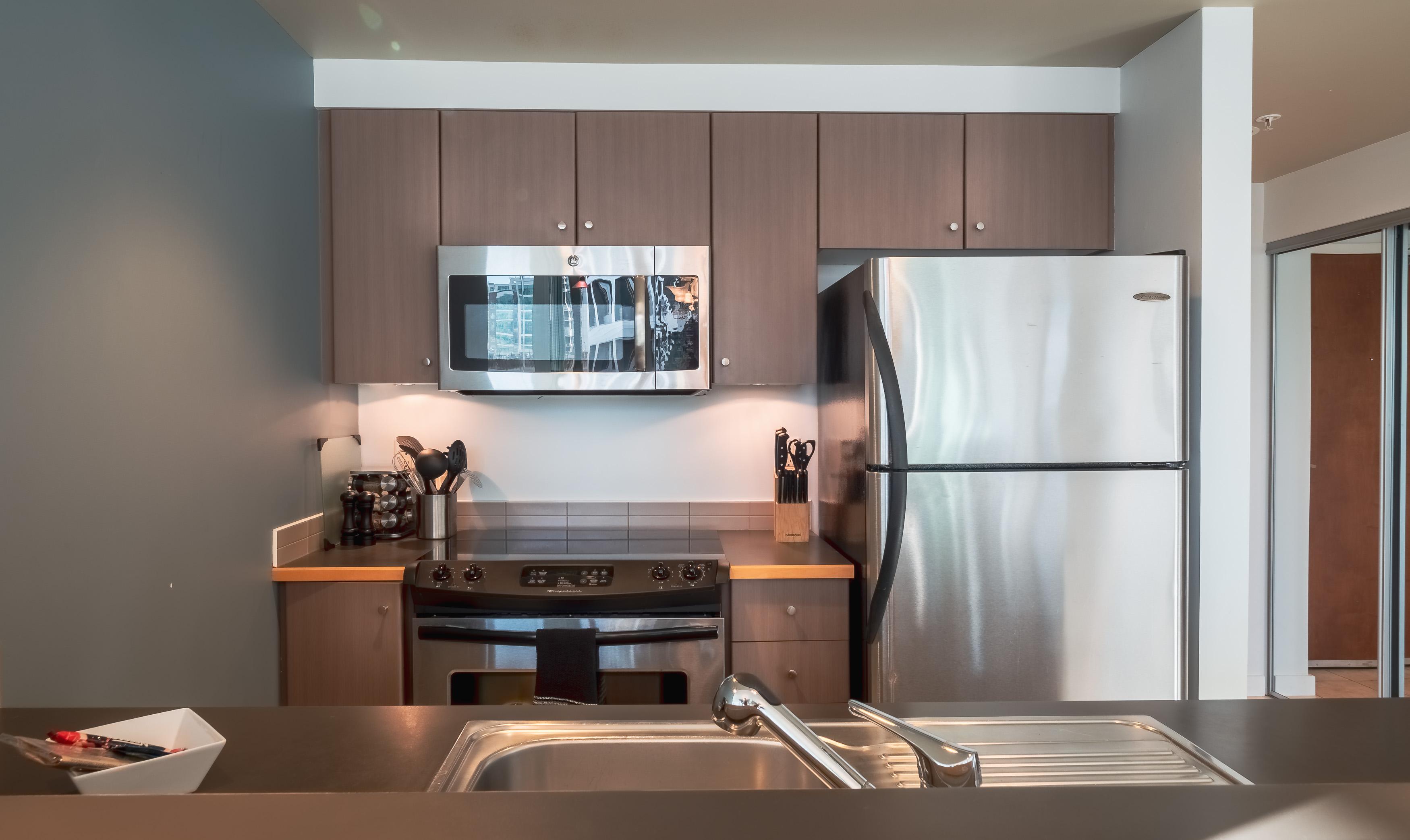 Corazon 507 Kitchen