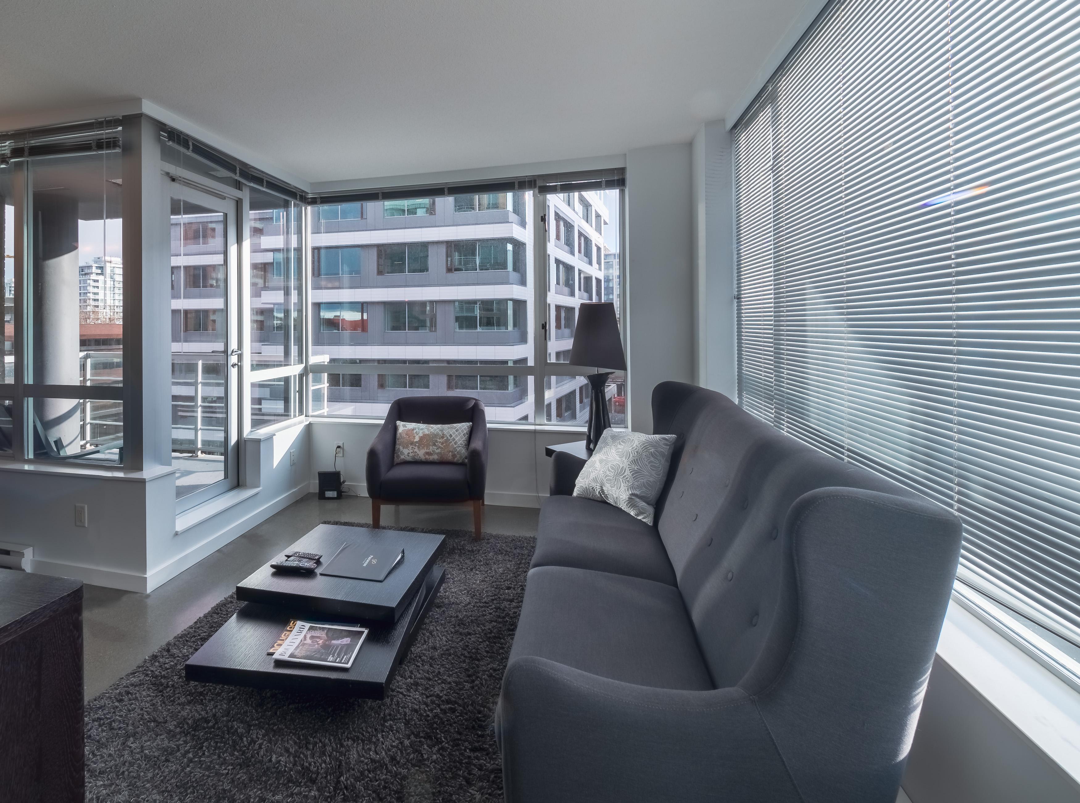 Corazon 507 Living Room