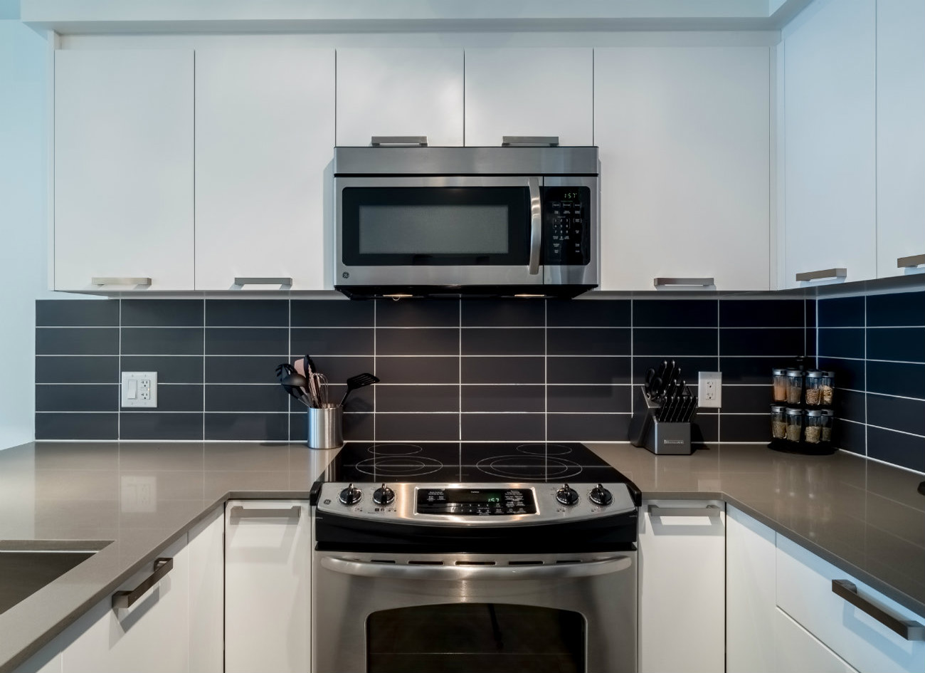 Union modern suites kitchen