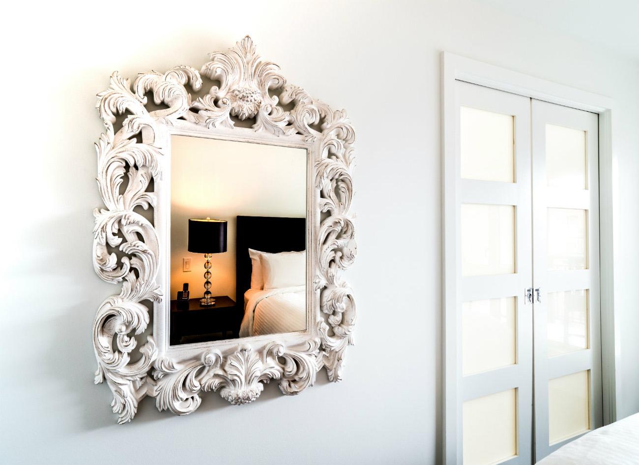 Union modern suites bedroom mirror