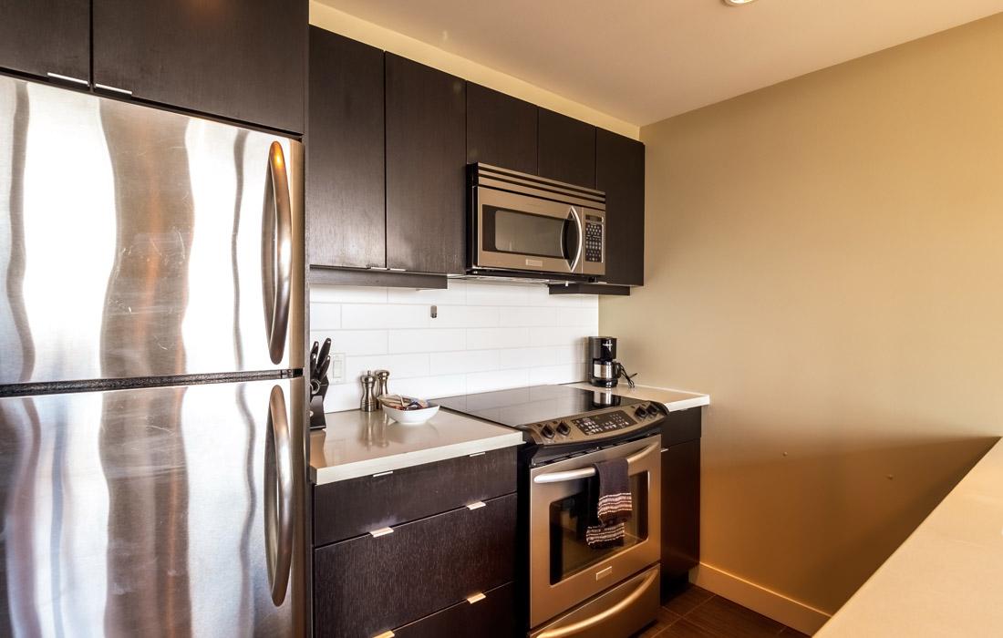 Victoria Condo kitchen