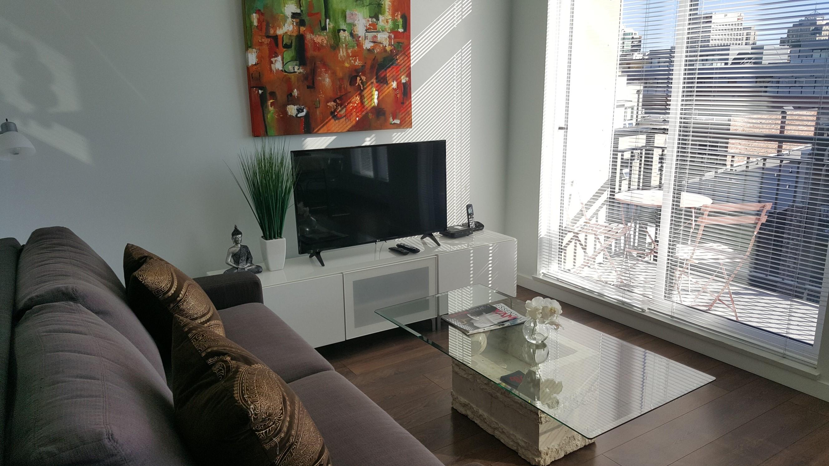 Chinatown suite Victoria living room