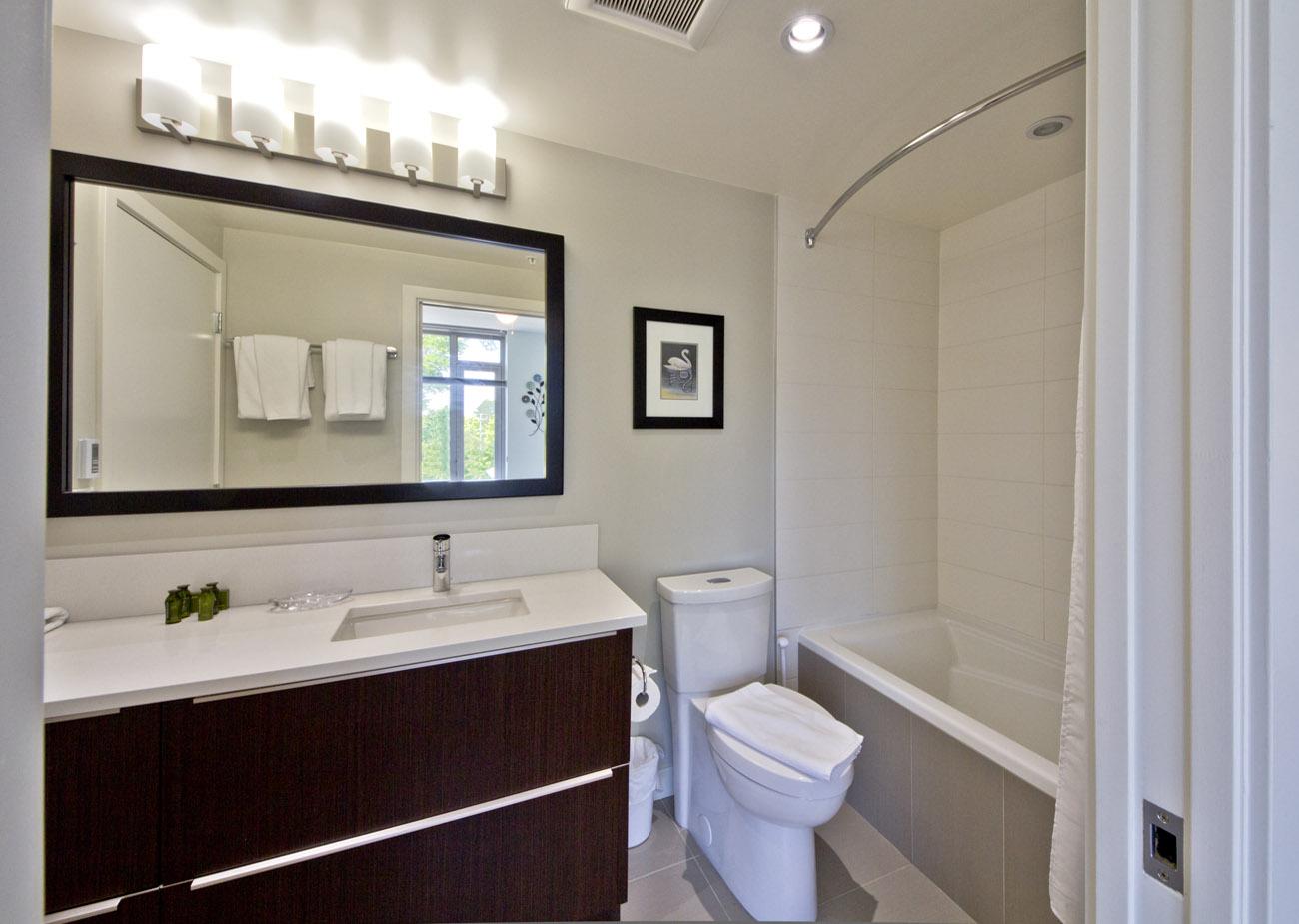 Duet condo four piece bathroom