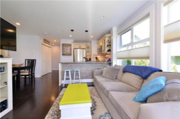 Bay Landing condo living room