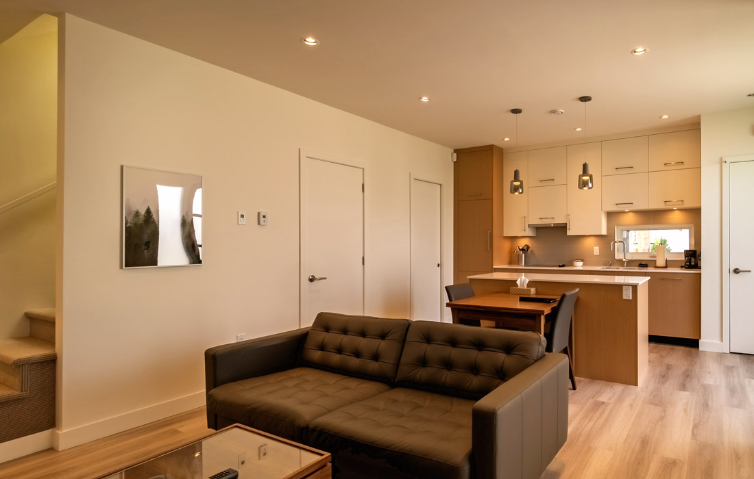 Fairfield townhouse open concept living and dining