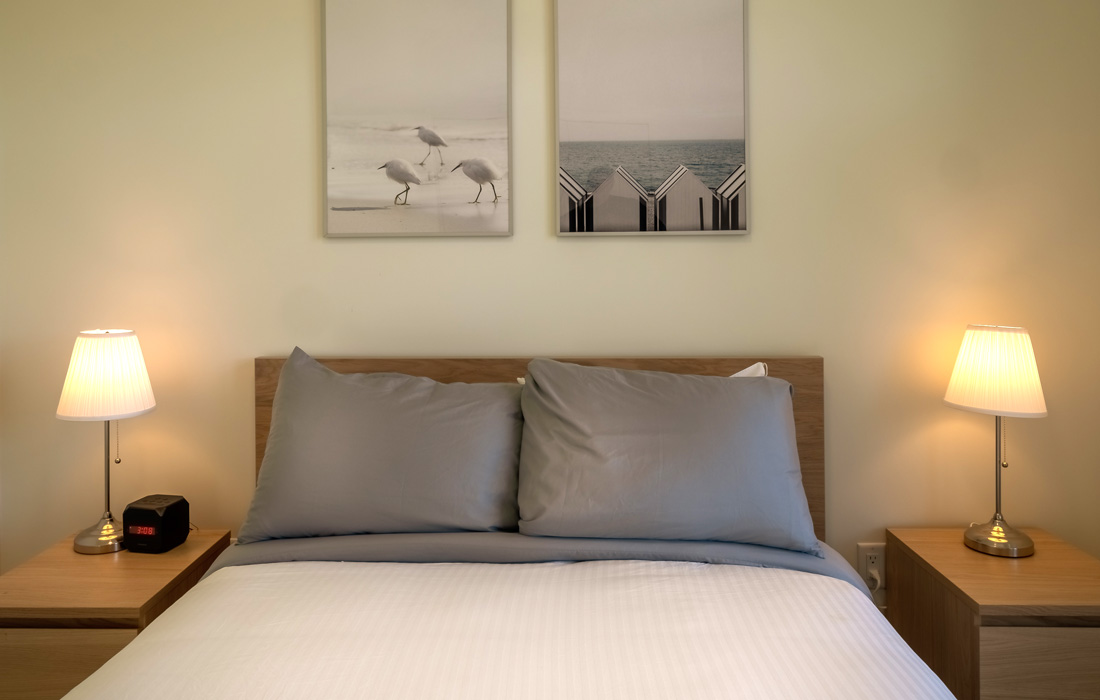 Guest room double bed Fairfield townhouse