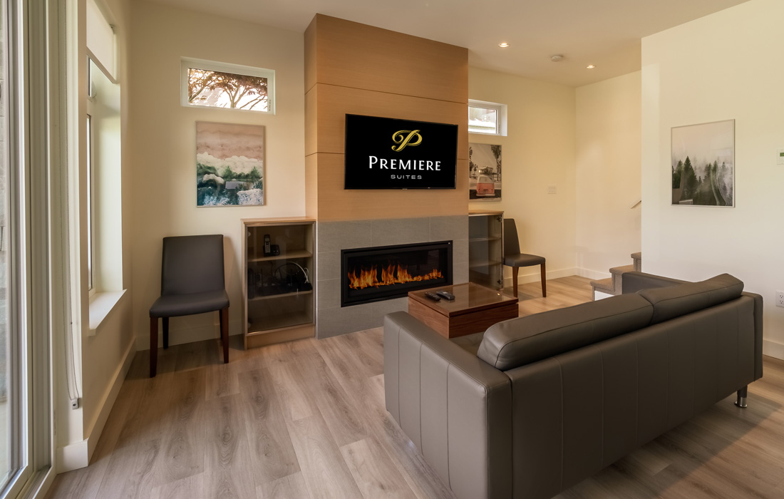 Fairfield townhouse living room with fireplace