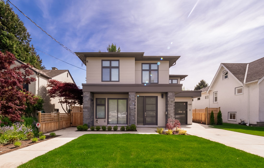 Outside view of Fairfield townhouse Victoria