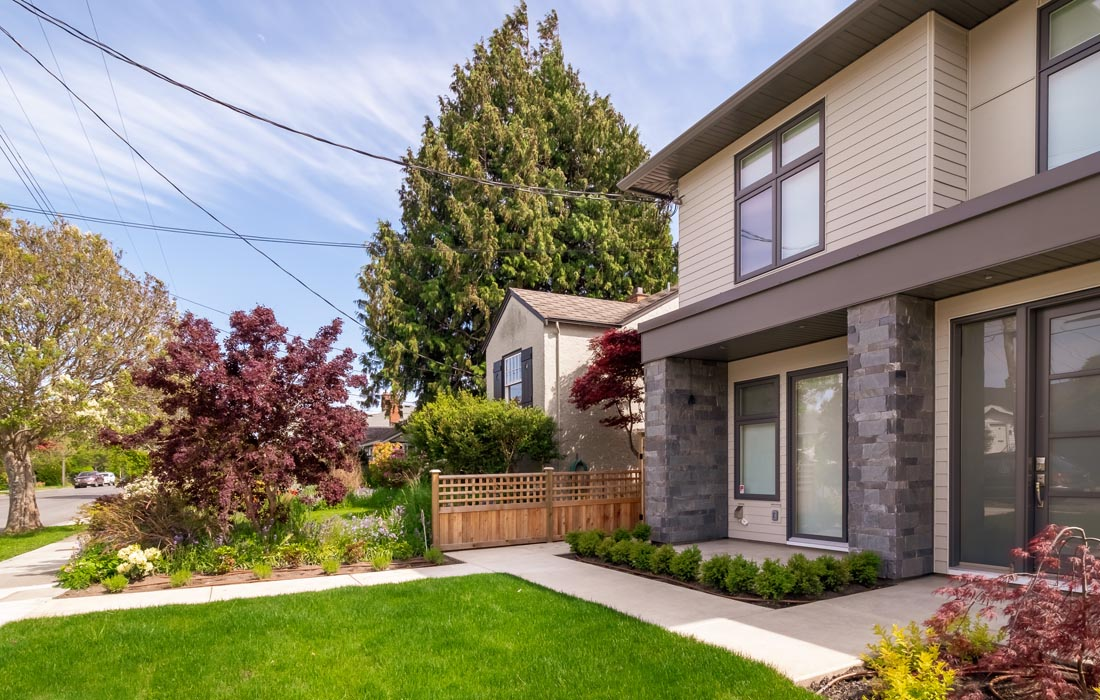 Exterior of May St Fairfield townhouse