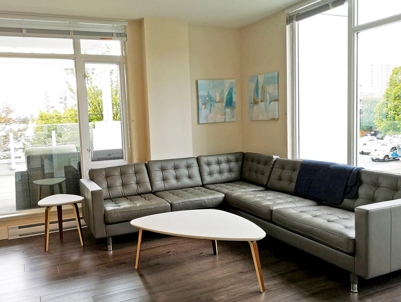 Victoria condo furnished living room