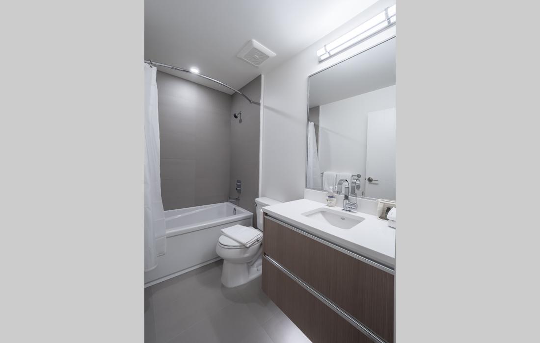 Black and White condo 2nd bathroom
