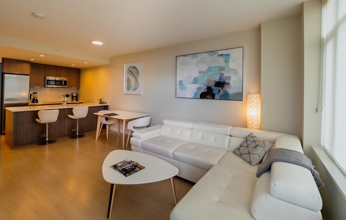 Era 906 living room