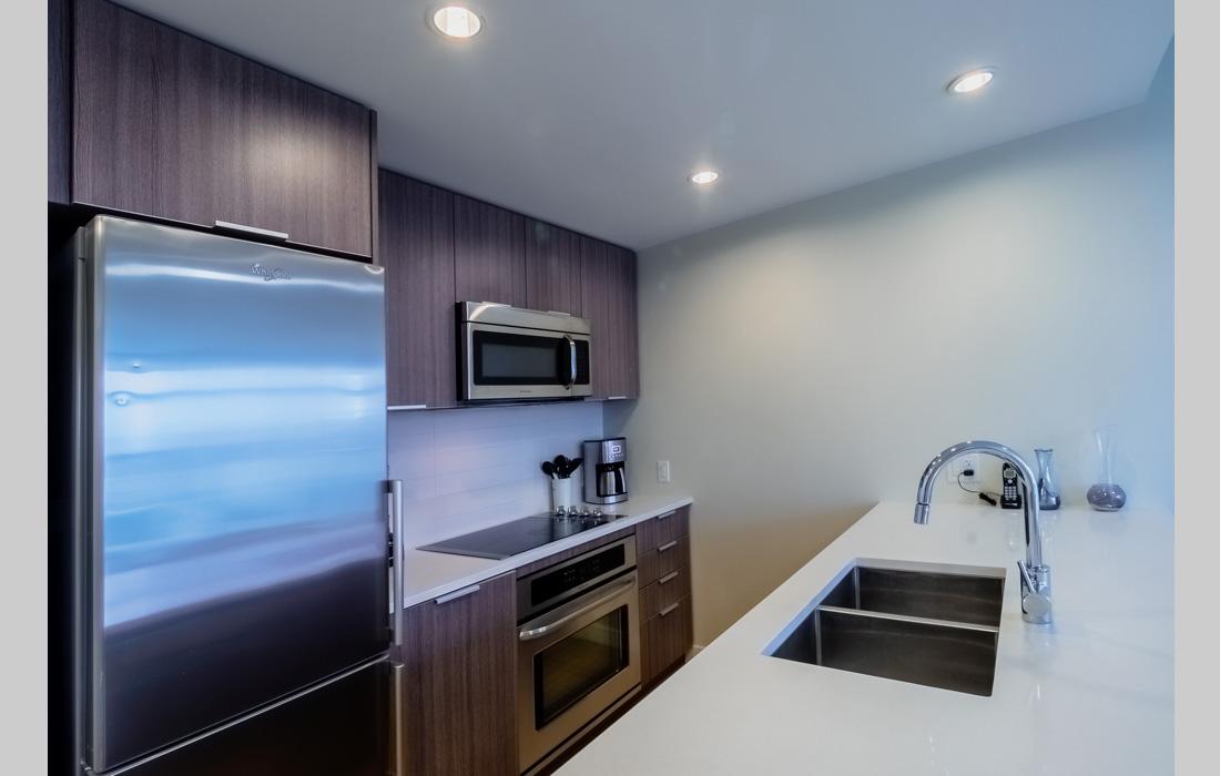 Era 906 kitchen
