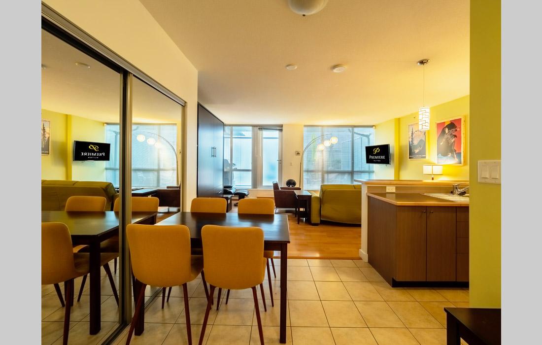 Corazon 205 Studio Dining Area